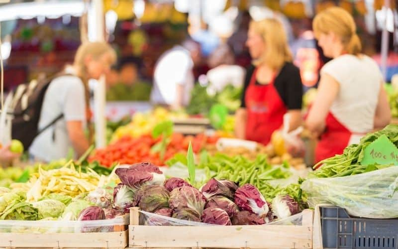 get money selling food at farmers market
