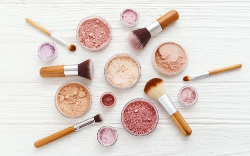 makeup is among profitable things to sell