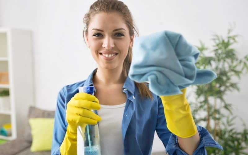 woman who started a commercial cleaning business