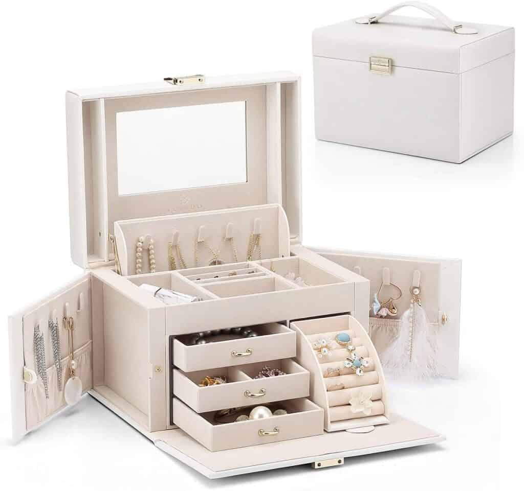 Jewelry boxes are great birthday gifts for 12 year old girls