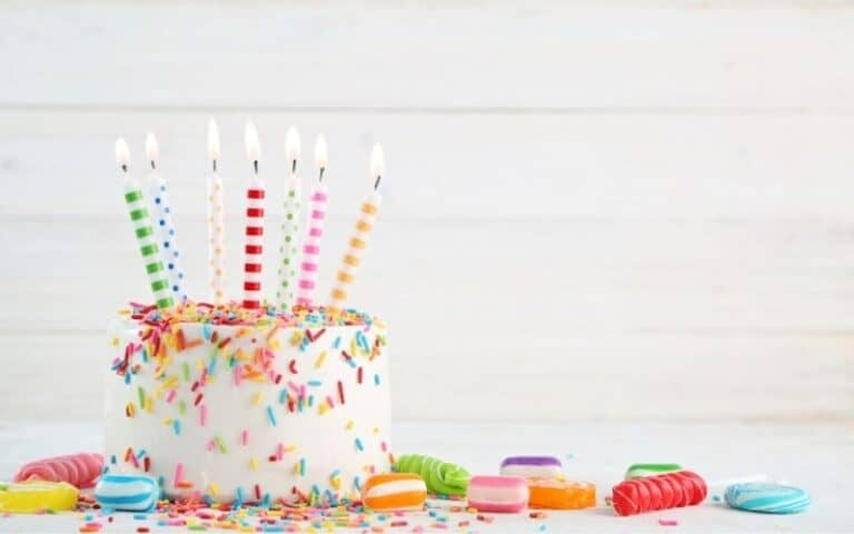 72 Birthday Freebies: Your Guide to Free Stuff On Your Birthday