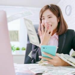 woman who did work online and will get paid instantly