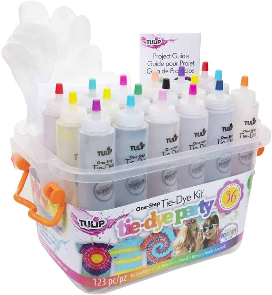 tie dye kit with multiple colors